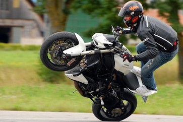 Le wheeling : un indispensable au stunt